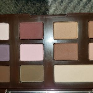 Too Faced Makeup - Too Faced Chocolate Chip palette
